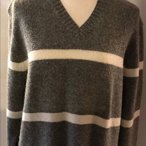Old Navy grey and white striped long sweat…